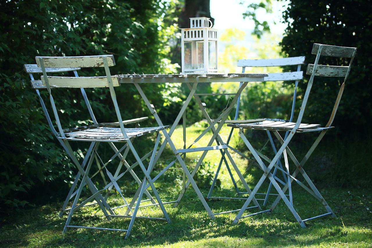Gartenmöbel: Damit der Garten zu einer Oase der Erholung wird